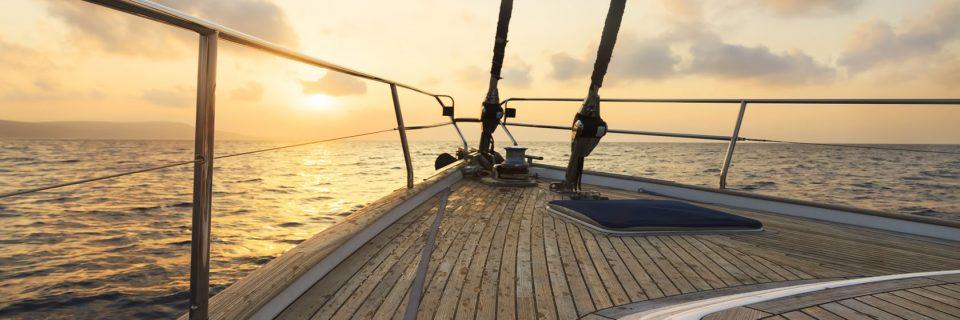 Yacht, Bahçe ve Havuz Kenarı Deck